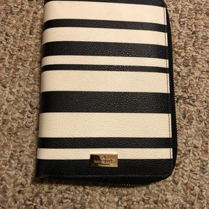 Kate Spade Leather Black and White Planner.